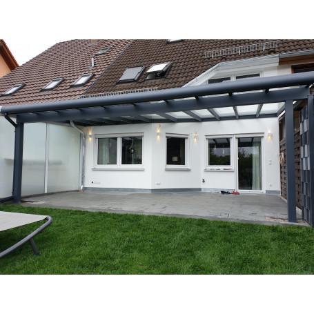 Breite: 5,00 m | ALU Terrassenüberdachung mit Überstand VSG–Glas 8,76 mm (Tiefe wählbar)